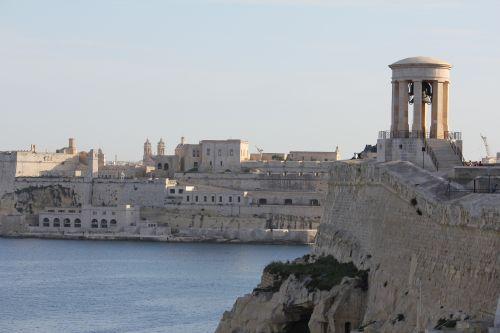 Inselrundfahrt in Malta